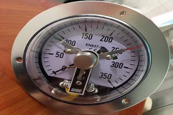 báo giá đồng hồ áp suất 3 kim