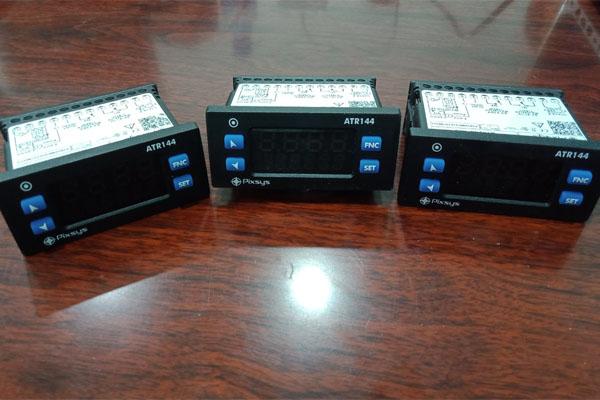 đồng hồ điều khiển nhiệt độ atr144-abc